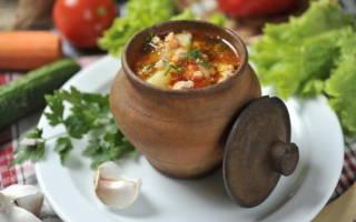 Ароматный грибной суп в горшочках